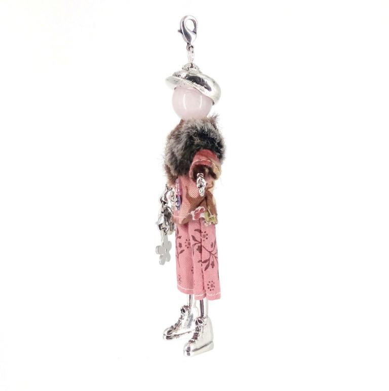 Pendentif poupée Chadna |Murmures d'une charmeuse||sautoir poupée|collier poupée |lithothérapie |pièce unique |bijoux fantaisie| collier personnalisé |bijoux personnalisé |collier fantaisie |bijou personnalisé|bijoux fantaisie de qualité|pendentif personnalisé bijoux fantaisie femme |créateur |bijoux personnalisé femme
