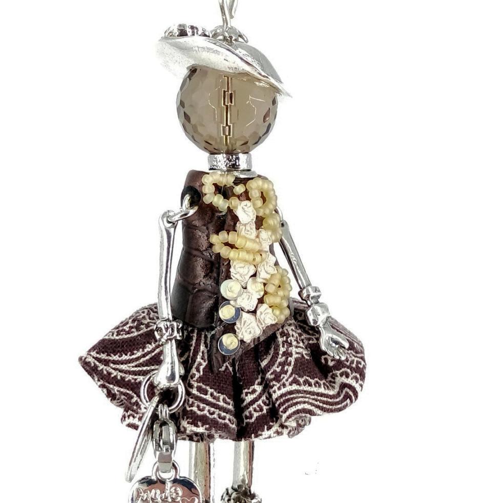 Pendentif poupée Joëla Murmures d'une charmeuse Argent 925   breloque  charm sautoir poupée collier poupée  lithothérapie  pièce unique  bijoux fantaisie  collier personnalisé  bijoux personnalisé  collier fantaisie  bijou personnalisé bijoux fantaisie de qualité pendentif personnalisé bijoux fantaisie femme  créateur  bijoux personnalisé femme