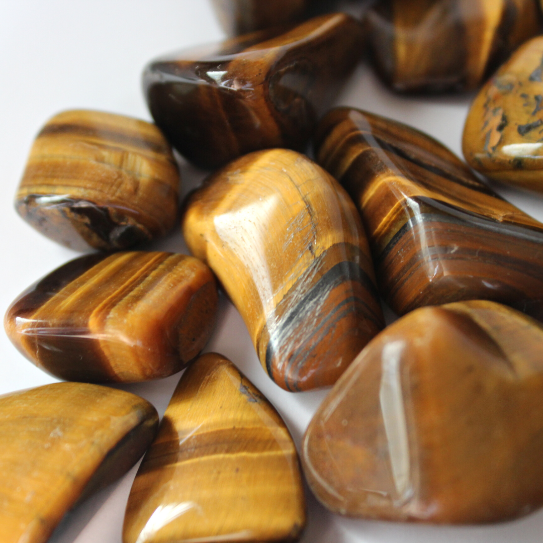 Oeil de tigre |Murmures d'une charmeuse - les bienfaits des pierres gemmes| pierres fines | gemme