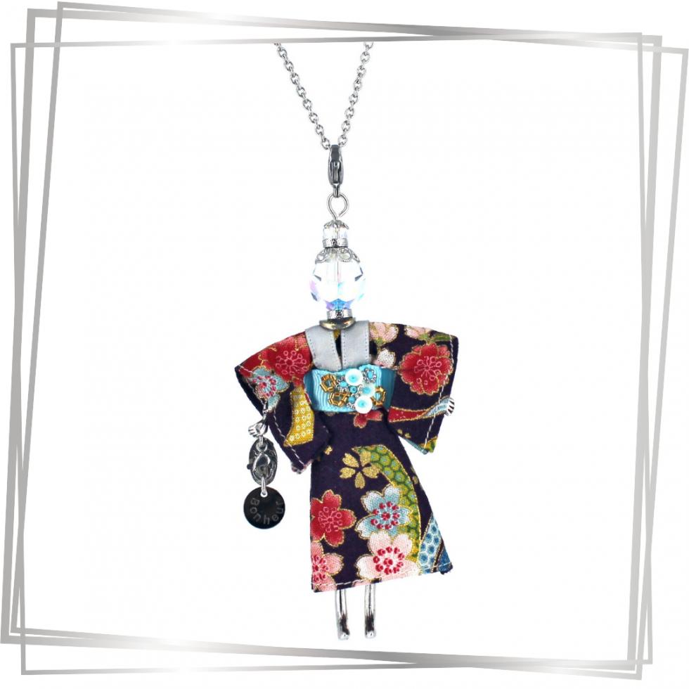 Pendentif poupée Ayana| bijou tendance |Murmures d'une charmeuse |japon |kimono | pierres fines | sautoir poupée|collier poupée | lithothérapie |pièce unique |déesse | talisman |bijoux fantaisie| collier personnalisé |bijoux personnalisé |collier fantaisie |bijou personnalisé|bijoux fantaisie de qualité|pendentif personnalisé bijoux fantaisie femme |créateur |bijoux personnalisé femme |argent 925 |lithotérapie |pierre gemme |