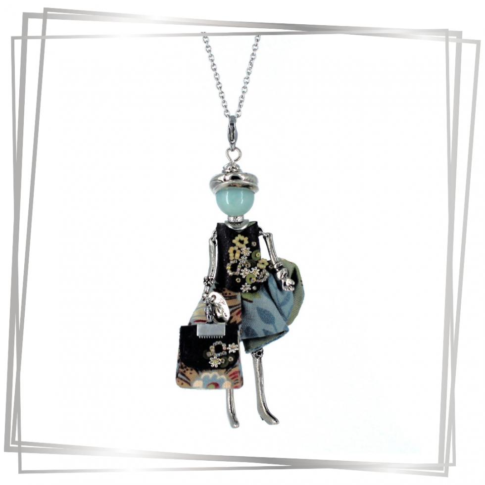 Pendentif poupée Hortense avec son sac à main |Murmures d'une charmeuse | pierres fines | sautoir poupée|collier poupée | lithothérapie |pièce unique |déesse | talisman |bijoux fantaisie| collier personnalisé |bijoux personnalisé |collier fantaisie |bijou personnalisé|bijoux fantaisie de qualité|pendentif personnalisé bijoux fantaisie femme |créateur |bijoux personnalisé femme |argent 925 |lithotérapie |pierre gemme |Amazonite