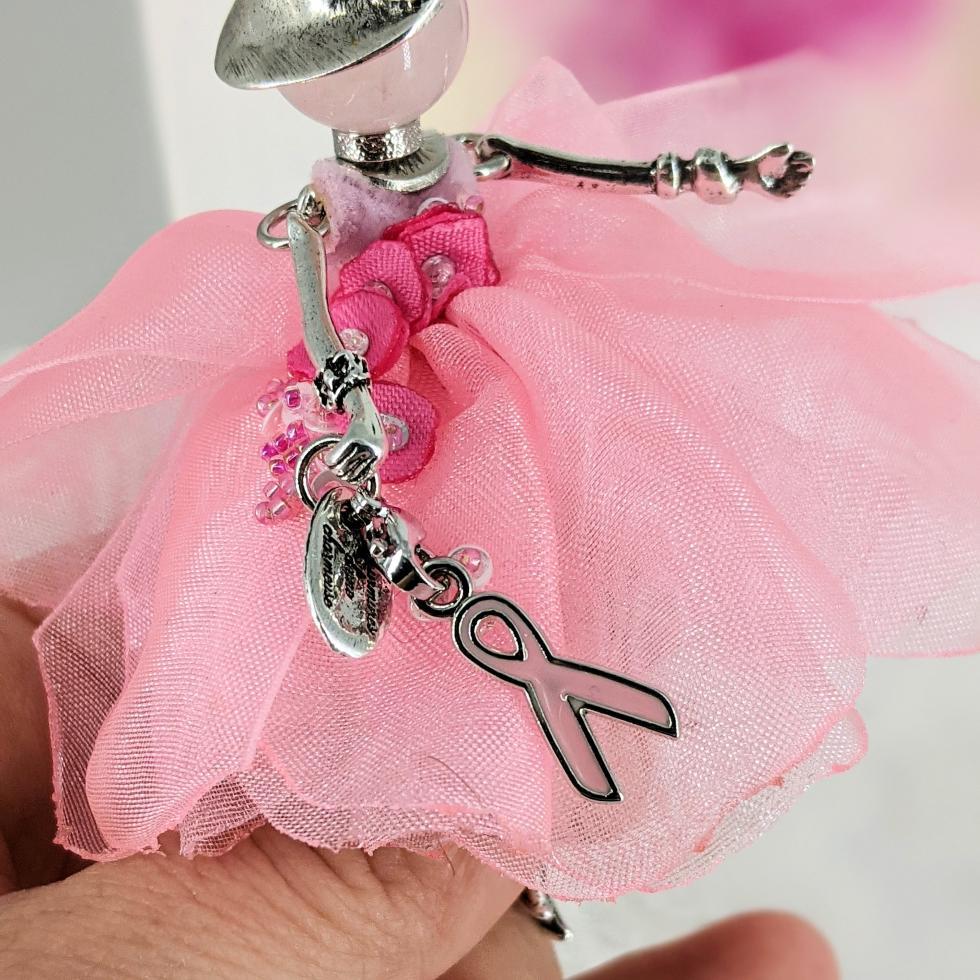 tableau décoratif féerique-Octobre rose| murmures -dune-charmeuse- porte-bonheur -zen -bien être - fée - petite fée-pierre fine-quartz rose